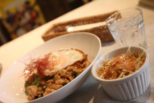 タイ料理のガパオ