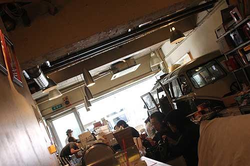 カフェ フランジパニの店内の様子