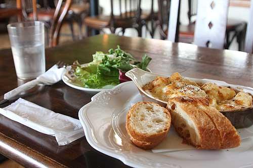 グラタン・ドフィノーア(ジャガイモとチーズのグラタン)